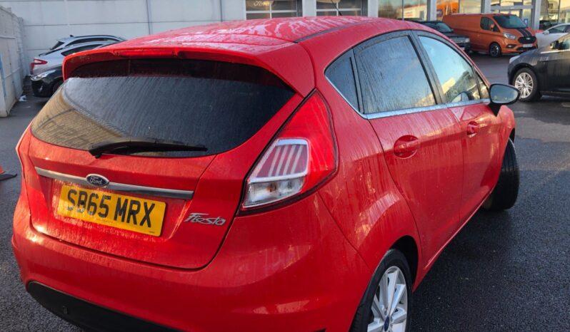 2015 Ford Fiesta Titanium full